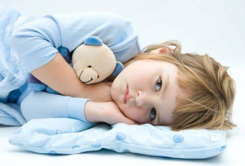 Nhiệt độ biến đổi thất thường làm trẻ hay cảm cúm vặt, biếng ăn, khó tính